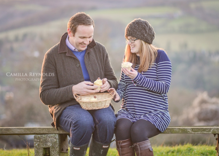 creative pregnancy photo shoot baby sex reveal Cotswolds