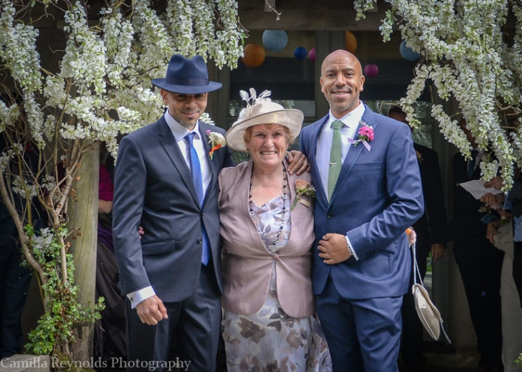 beautiful natural wedding photographyMatara  Cotswolds