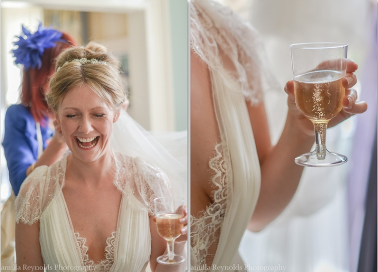 fun natural wedding photography Cotswolds Gloucestershire