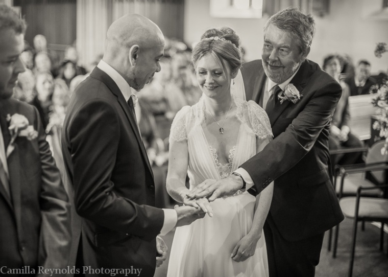 natural documentary wedding photographers stroud