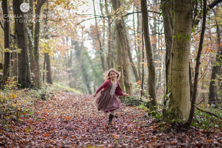 children outdoor photo shoot in the woods Cotswold photographer