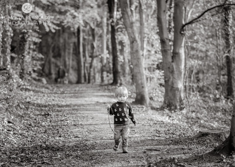 black and white outdoor children photo shoot Cotswold family photography