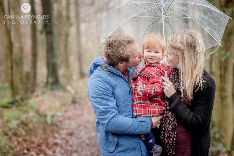 natural family photo shoot Cotswolds in the rain
