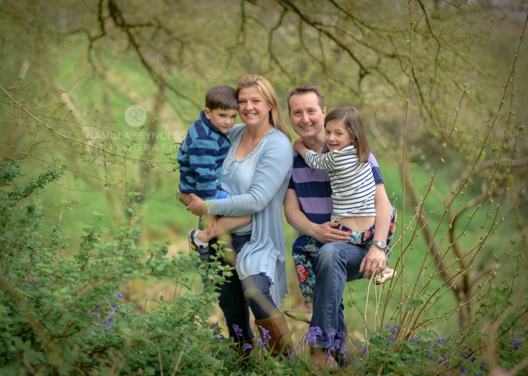 spring family photo shoot Cotswolds outdoor children photography