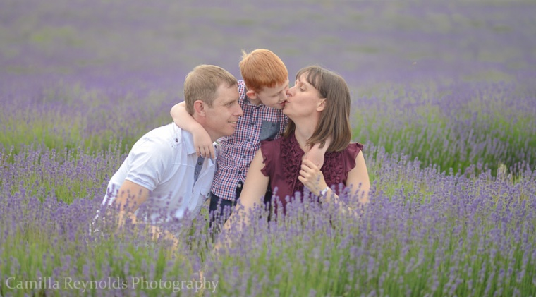 natural family photo shoot Cotswolds outdoor children photography