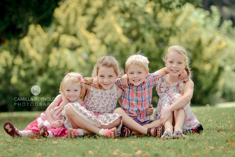 natural children photography Gloucestershire Cotswolds four siblings