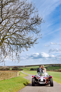 wedding kingscote barn