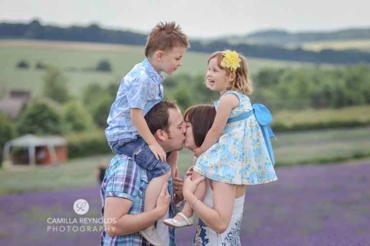 natural family photo shoot Cotswolds