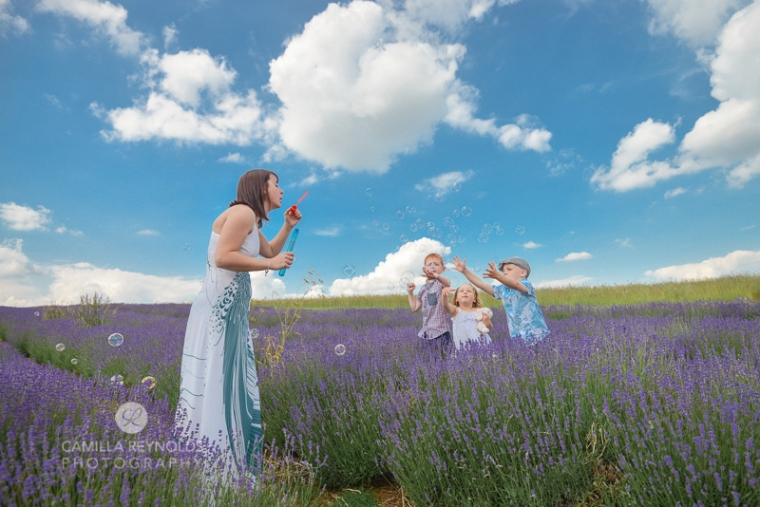 natural children photo shoot Cotswolds bubbles lavender