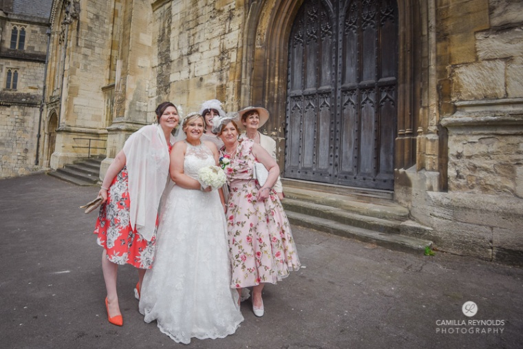 natural wedding photography Cotswolds Gloucester Cathedral