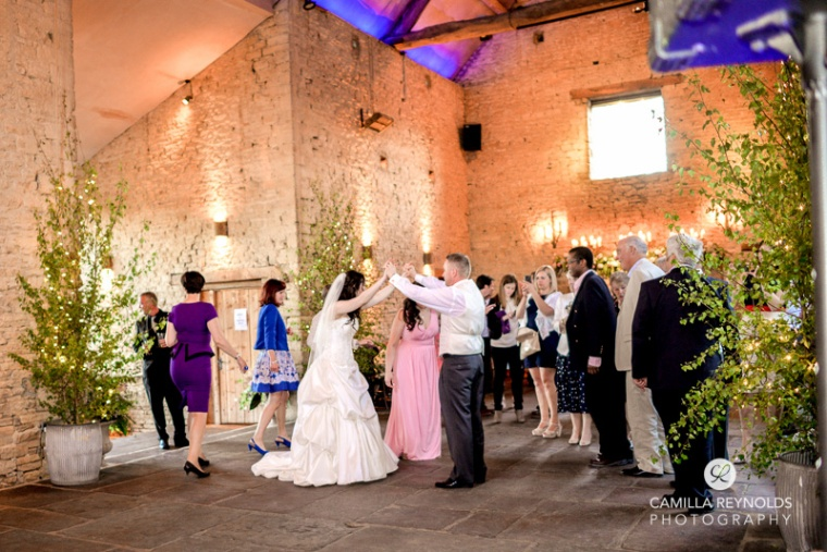 first dance Cripps barn  wedding Cotswolds Gloucestershire