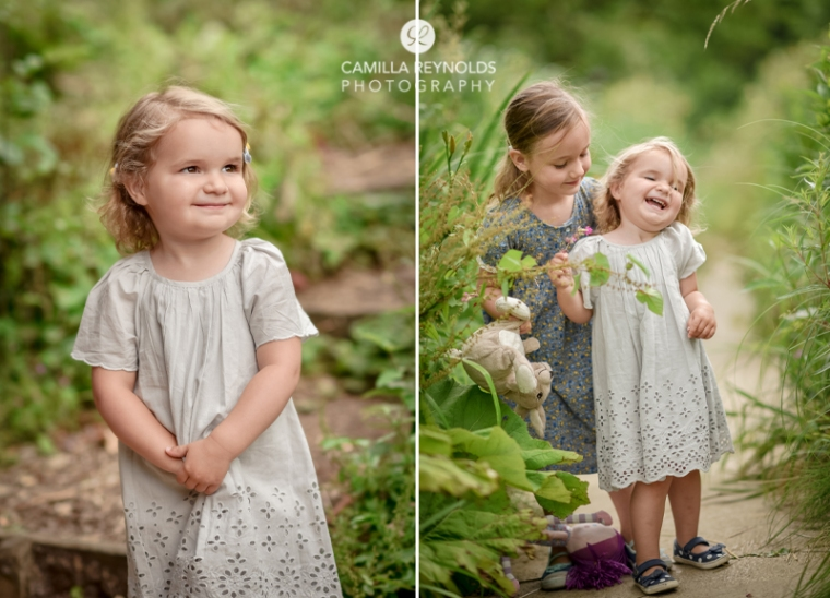 natural sibling sisters children photo shoot Gloucestershire Cotswolds
