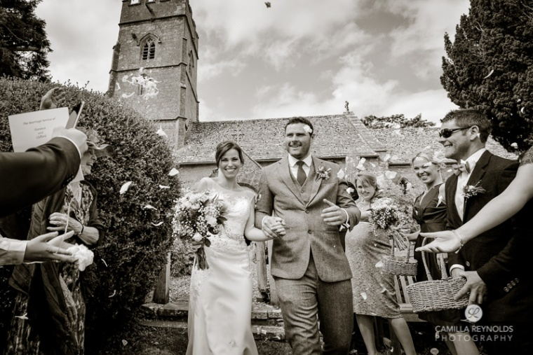 confetti wedding photography Cotswolds Gloucestershire