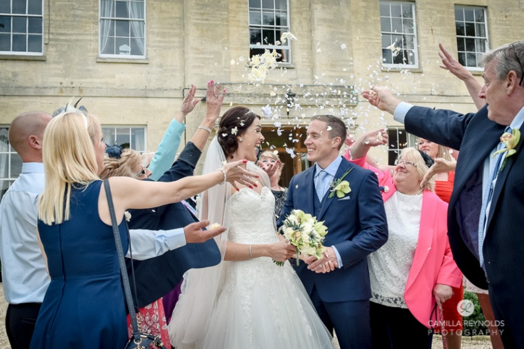 natural wedding photography Eastington park cotswolds