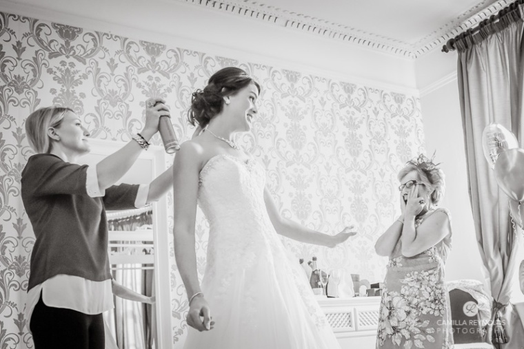 Cotswold wedding Eastington park natural photography