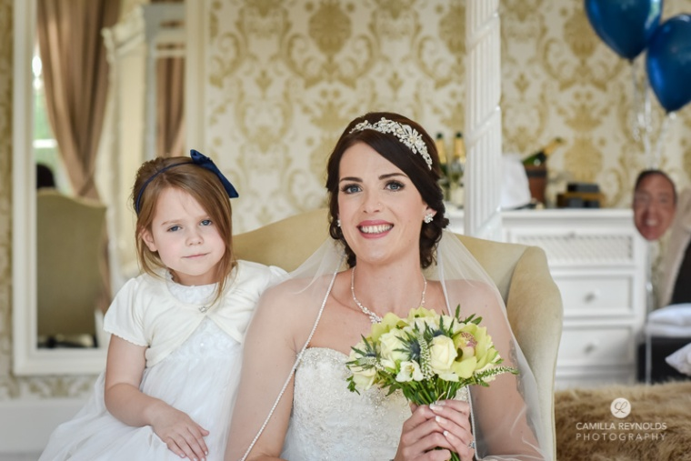 Cotswold wedding Eastington park natural wedding photographer