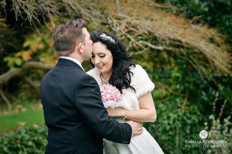 beautiful natural wedding photography Cotswolds