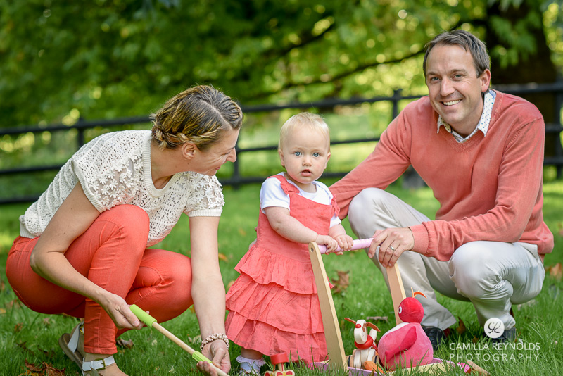 Family and baby outdoor photo shoot gloucestershire for Creative family photo shoots