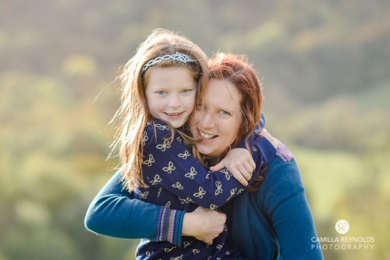 mum and daughter natural family photo shoot