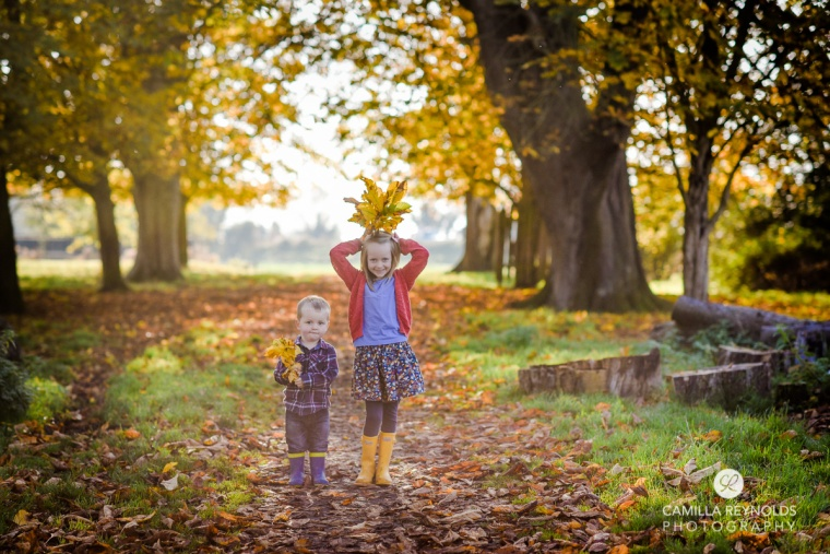 beautiful natural children photography autumn Cotwolds