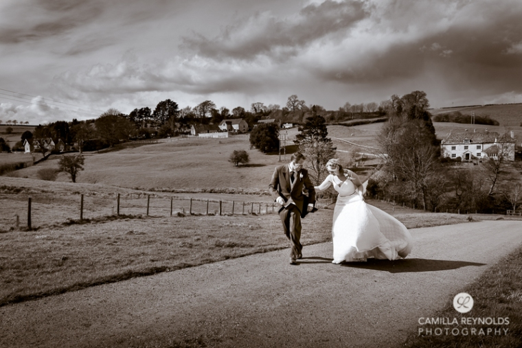 Kingscote Barn wedding photography Cotswolds (19)