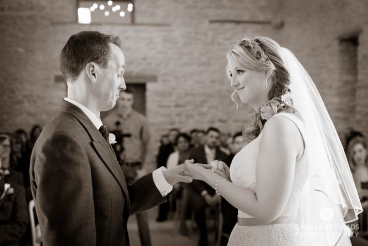 Kingscote barn wedding photography Cotswolds (25)