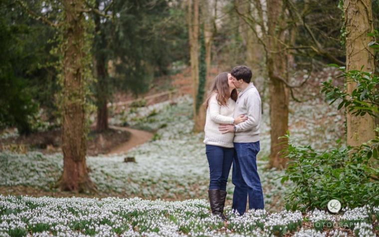pregnancy_photo_shoot_Painswick_rococo_garden (5)