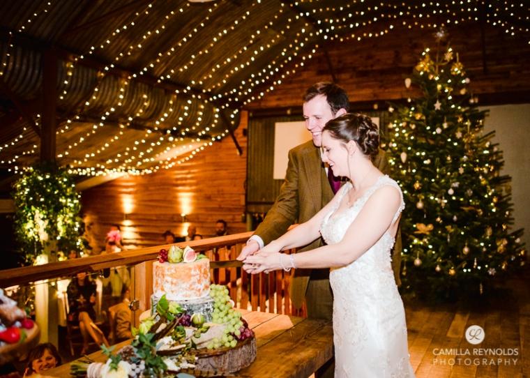 stone-barn-weddings-cotswold-photographer-8