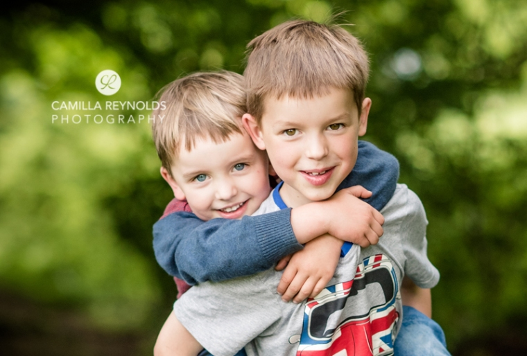 children photo shoot Gloucestershire photographer brothers (1)