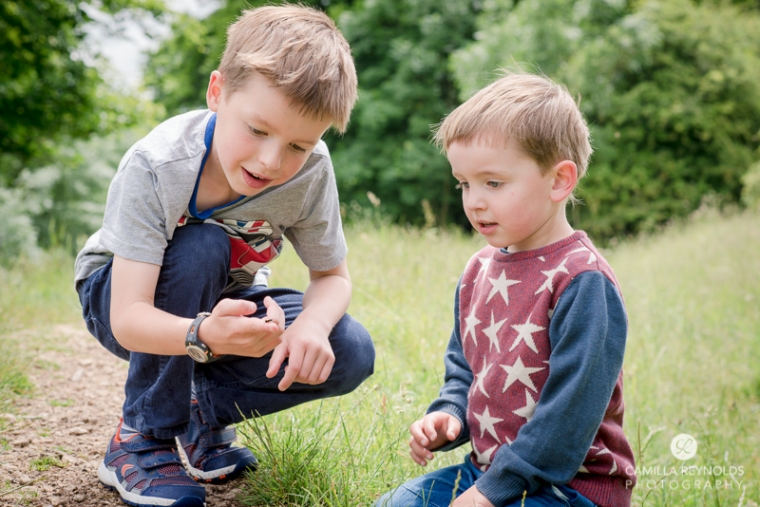 children photo shoot Gloucestershire photographer brothers (8)
