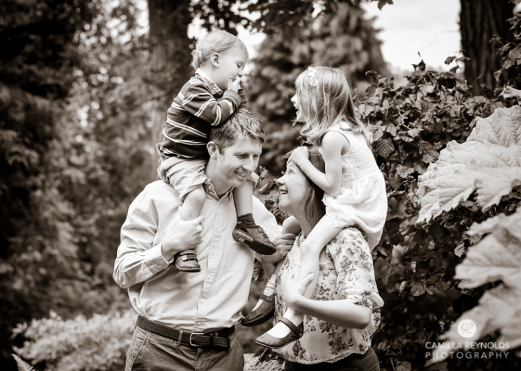 family photo shoot Cotswolds photographer (18)
