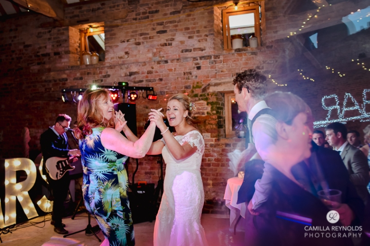 wedding photographer Cotswolds barn (111)
