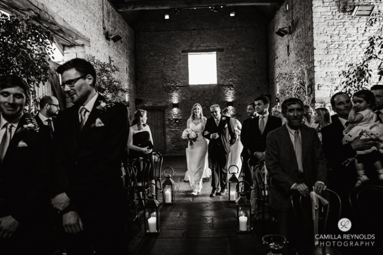 Cotswold wedding photographer Cripps barn (18)