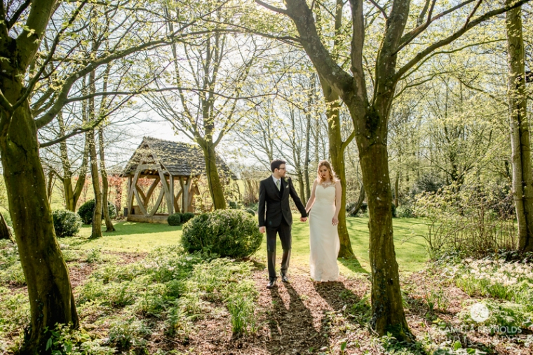 Cotswold wedding photographer Cripps barn (44)