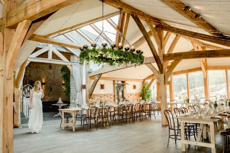 Cotswold wedding photographer Cripps barn (57)