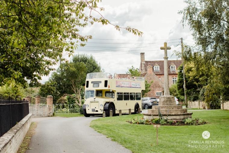 cotswold wedding photographer milton end farm barn (20)