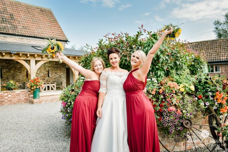 cotswold wedding photographer milton end farm barn (40)