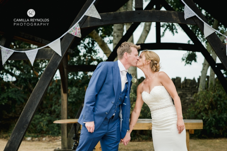 cotswold wedding photographer the old lodge minchinhampton (27)