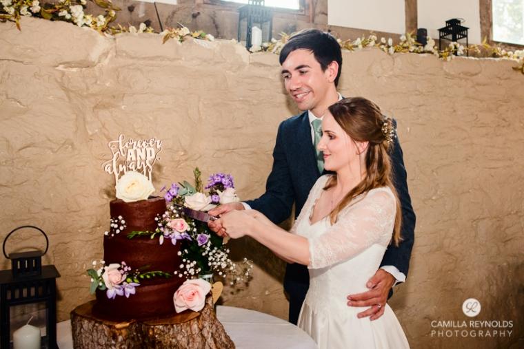 Gloucestershire Brockworth court barn wedding photography (15)