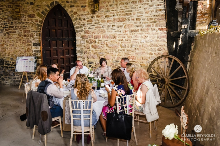 Gloucestershire Brockworth court barn wedding photography (17)