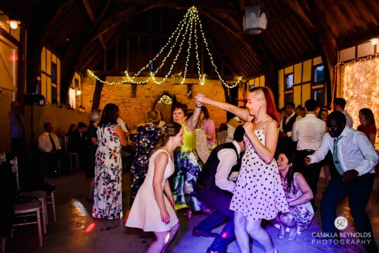 Gloucestershire Brockworth court barn wedding photography (33)