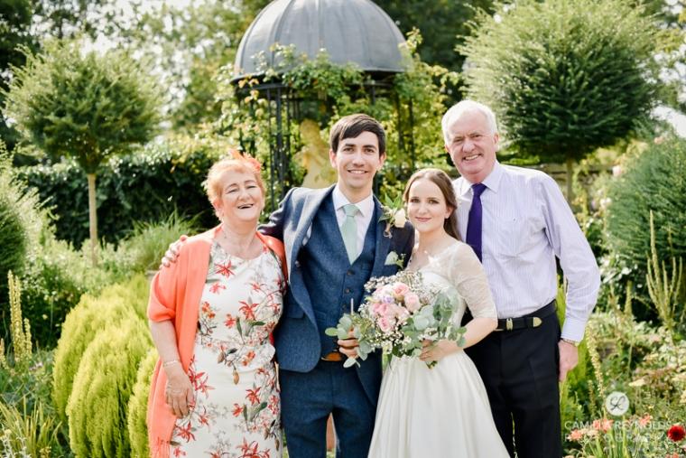 Gloucestershire Brockworth court barn wedding photography (4)