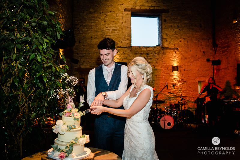 Cripps Barn Cotswolds natural wedding photography (77)