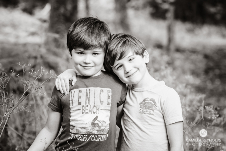 blcak and white children photographer Cotswolds