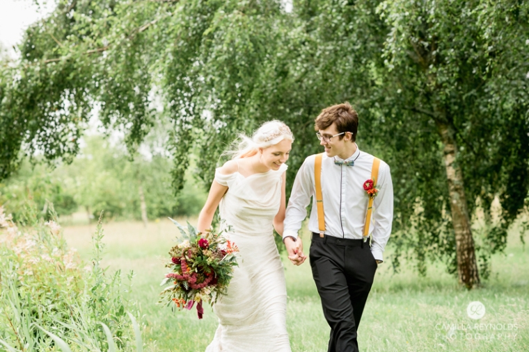 relaxed fun wedding photographer cotwolds
