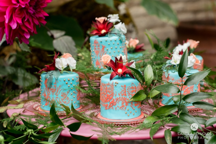 wedding cakes cotwold photographer