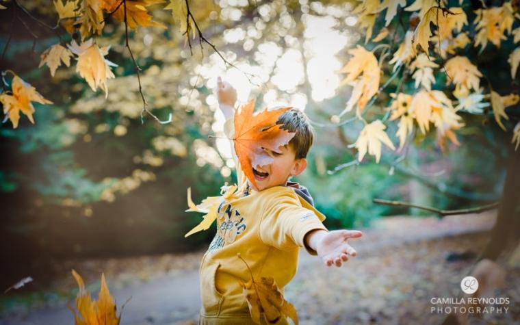 autumn children photo shoot session Westonbirt Arboretum Gloucestershire