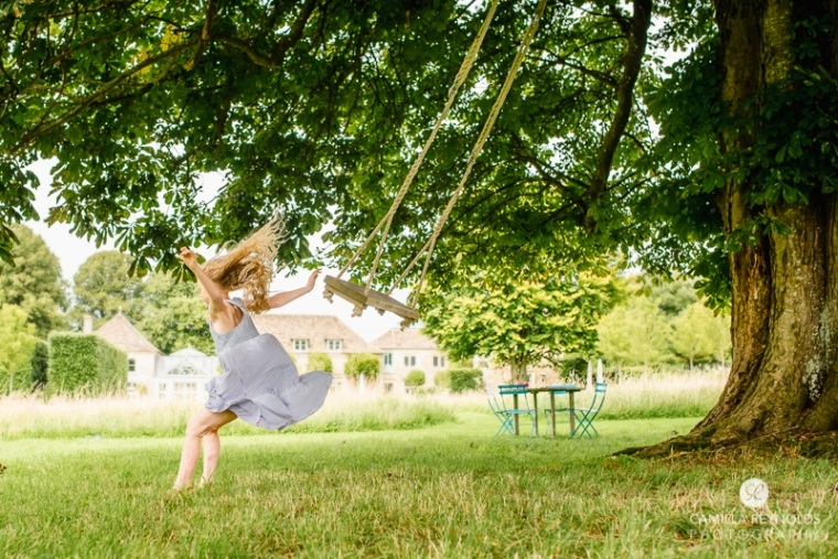 countryside family childreb photo shoot swing jumping