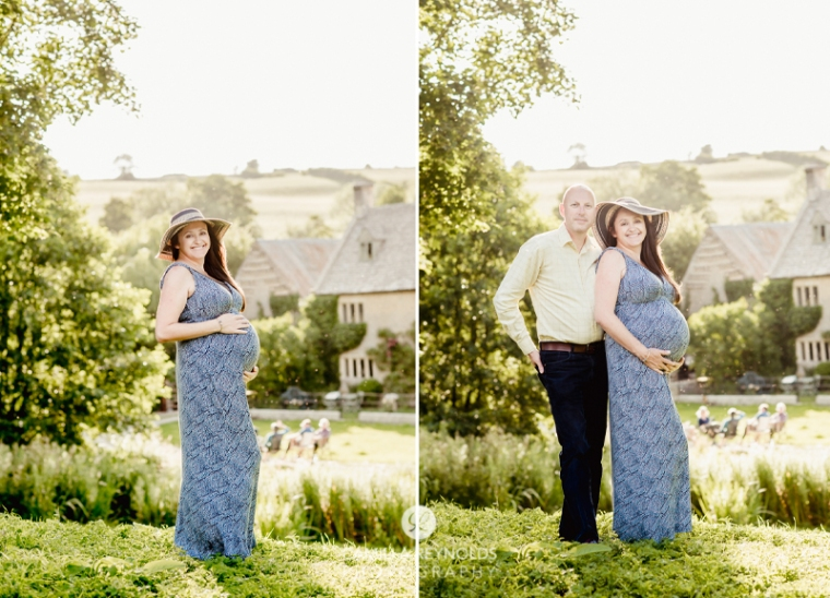 couple engagement pregnancy photographer Cotwolds