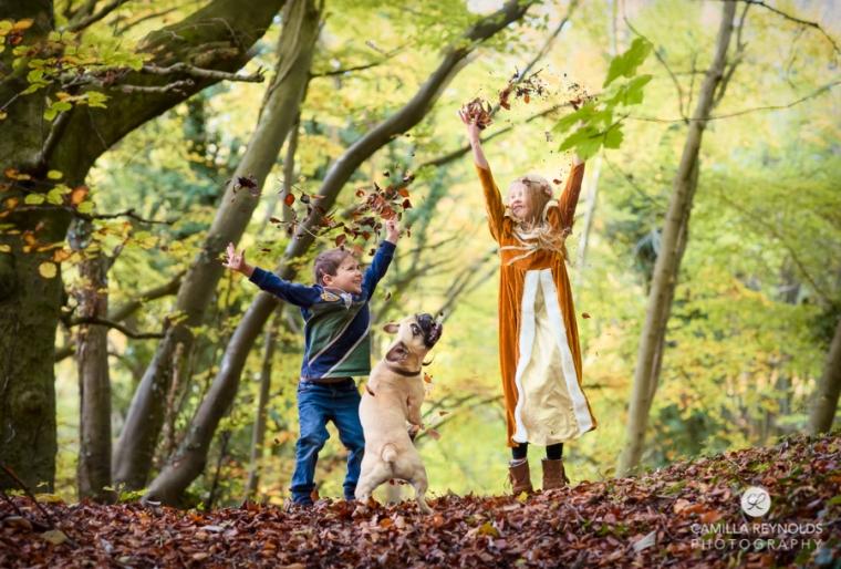 funs kids family photo shoot woods Stroud